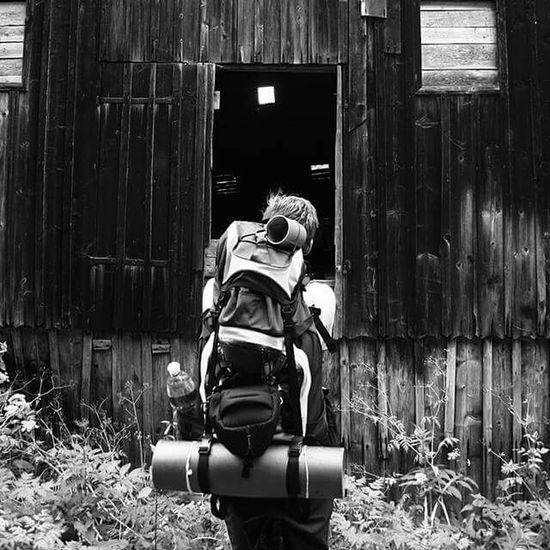 Trip Bag Cz Hills Hill Walking Walk Blackandwhite Black And White Black & White Black&white Czech Republic Czechboy Vajicko Svetjetocojsemja Stacisejensbalitajet