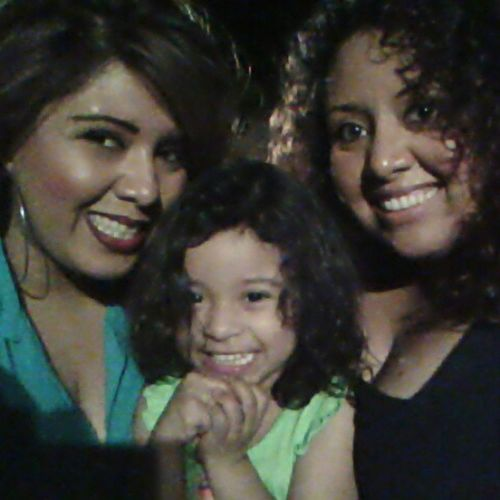 With my sissy and niece! Love nights like this FamilyTime Chillnight Bestnights @erikajanine
