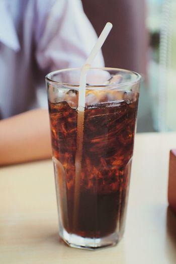 Fresh 🍹 Drink Drinking Glass Drinking Straw Cola Indoors  Refreshment Food And Drink Ice Cube Close-up Day No People Freshness Coke Cocacola โค้ก Soda Softdrink