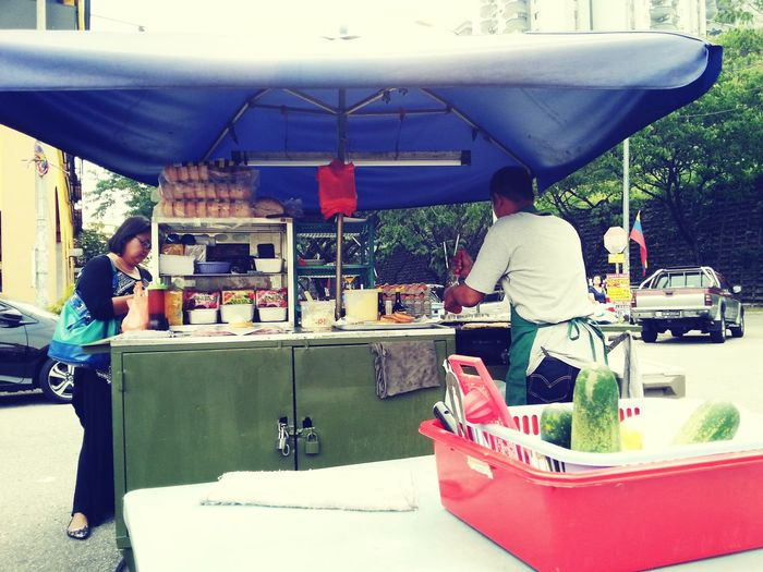 Come enjoy eating my friends burger stall 😁 Location Desa Petaling In front of Mamak ABC Corner.