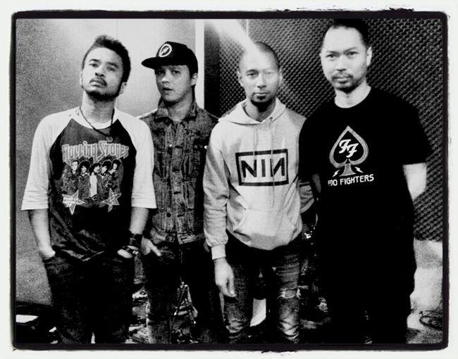 GRUNYU Rock Grunge Grunged Rockstar Musicians