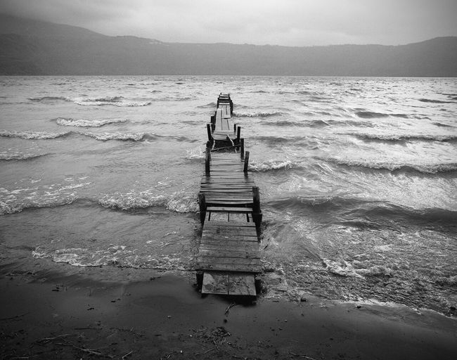 Rainy day at lake PENTAX67 Kodak Tri-X 400 Filmphotography Abandoned Places