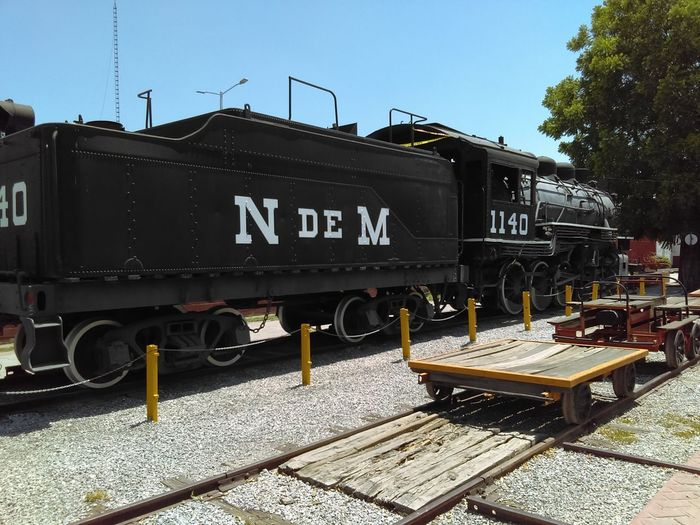 Outdoors Rail Transportation Museum Cell Phone Photography Cellphonephotography Transportation Mode Of Transport Torreón, Coahuila Mexico Museo Del Ferrocarril Train - Vehicle Locomotive No People