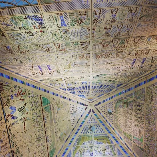 You dont always look up for the sky...do you?! 😂😃 Art Pyramid Wafi Wafimall @wafi_mall