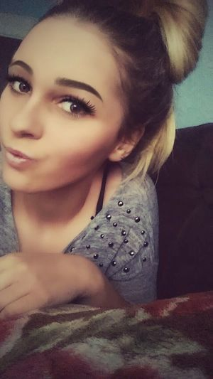 Sexyselfie Girl #me #eyes #lips Brown Eyes <3 Face Of EyeEm You Like What You See?? I Hope You Like It Follow Me