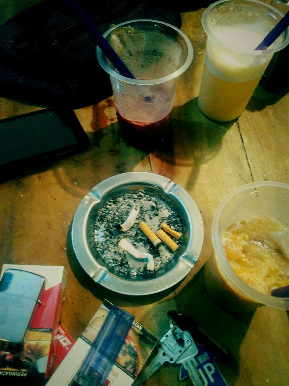 drink, food and drink, drinking glass, table, refreshment, high angle view, drinking straw, alcohol, indoors, beer, beer glass, no people, freshness, food, iced coffee, ice cube, day, healthy eating, cold temperature, frothy drink, close-up, ready-to-eat