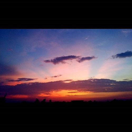 著火的天鵝-2 火燒雲 Sky Sunset Hurricane Typhoon 天鵝颱風 Clouds Taiwan