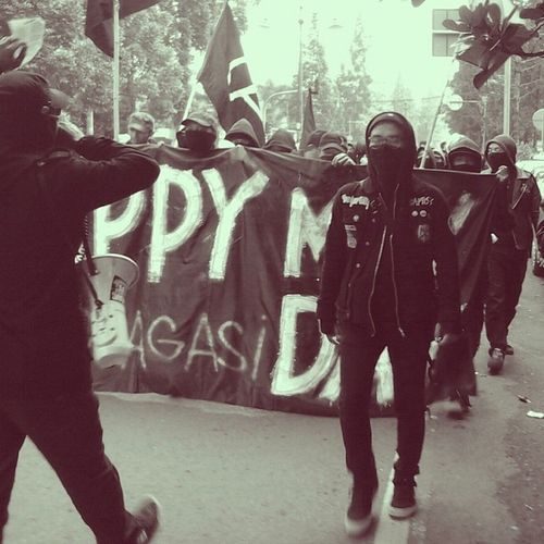 Long life vandalism !!! Blackbloc Propagasi Mayday14