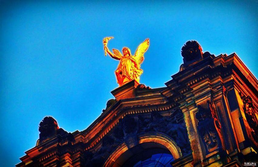 Angel Dresden Brühlsche Terrasse Blue Sky