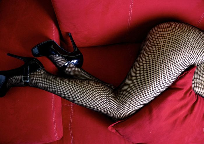 Leg Close-up Day Erotic_art Erotic_model Erotic_photo Erótico Human Leg Indoors  One Person People Red Sexygirl Sexylegs Sexylegs Relaxation Only Women Sexyshoes Sexywomen Shoes Skin