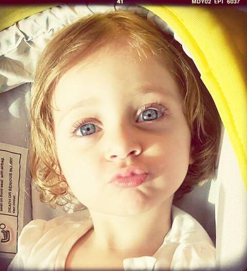 Baby Kiss Liyah People GodBless Bestshot