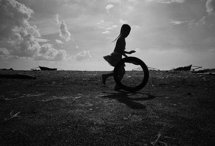 Wheel Sillhouette Wheel Playing Kid Girl Sea Motocross Men Beach Silhouette Full Length Motorcycle Bicycle