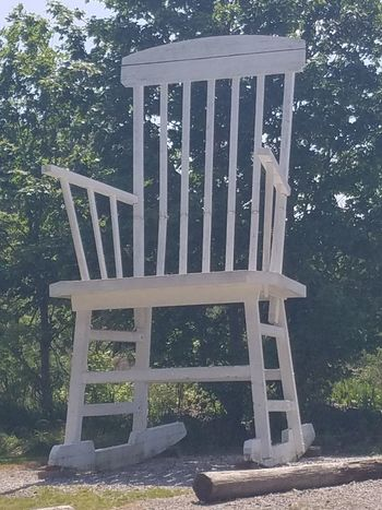 Wood - Material Chair Day No People Huge Huge Chair Ohio Ashtabula Roadside America Roadside Attractions