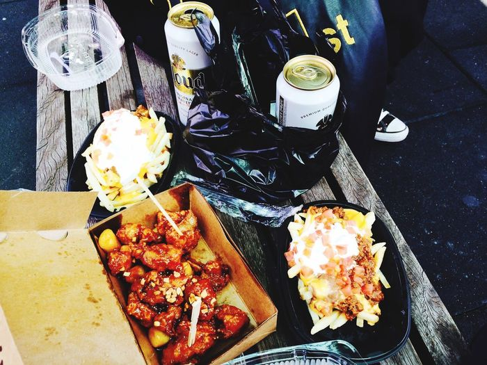 Chilling Afterexam beer with chicken <3
