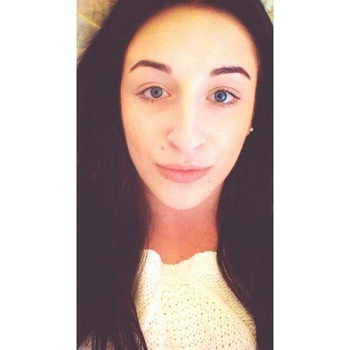 Selfie Brunette Polishgirl Hello World
