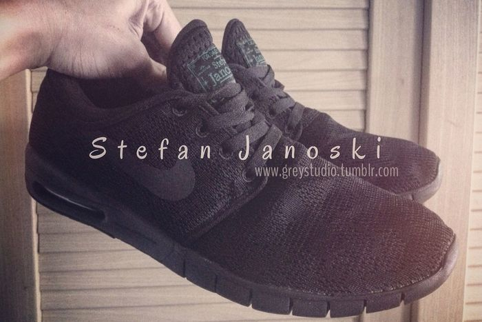 FOR DAILY USE 😎🇩🇪 Greystudio Stefan Janoski  Airmax Nike Runningshoes Black IPhoneography IPhone4s