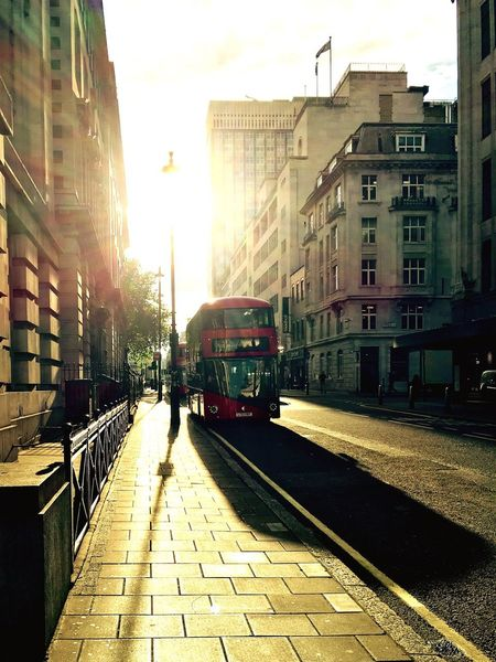 Mix Yourself A Good Time Public Transportation City Life Sun Light London United Kingdom Mix Yourself A Good Time