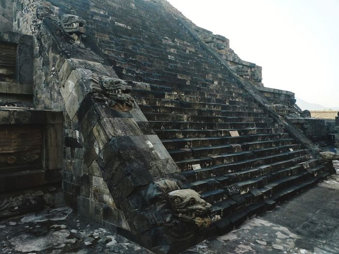 Architecture History Building Exterior Steps Ancient Civilization No People Streetphotography Sculpture Spirituality Textured  Shadows & Lights Tourism City Life Cultures Historical Building Architecturephotography Walking Around Lifestyles The Past Tourist Sunlight Architecture Ancient Mexico Travel Destinations
