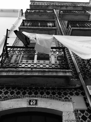 Architecture Building Exterior Low Angle View Built Structure Day No People Outdoors Monochrome Streetphotography Blackandwhite Black And White Lisboa Lisbon Windows Old Buildings