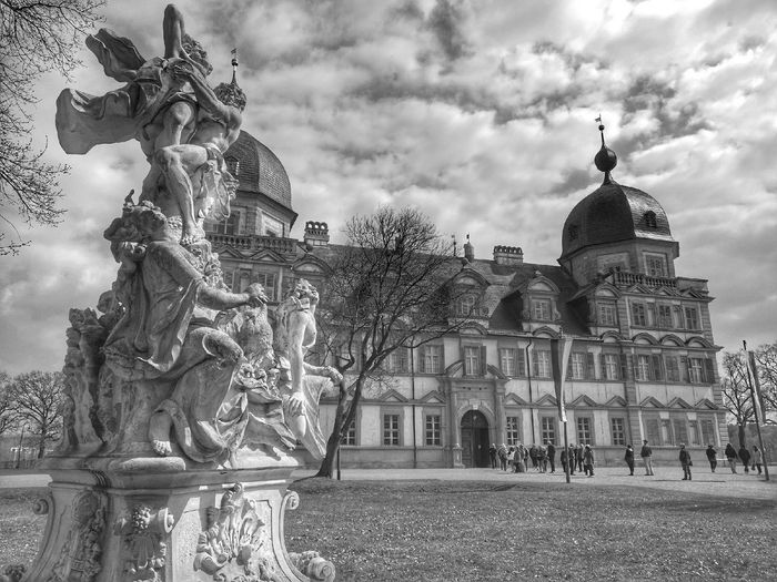 Architecture Building Exterior Built Structure City Cloud - Sky Day Dome History No People Outdoors Sculpture Sky Statue Travel Destinations Tree