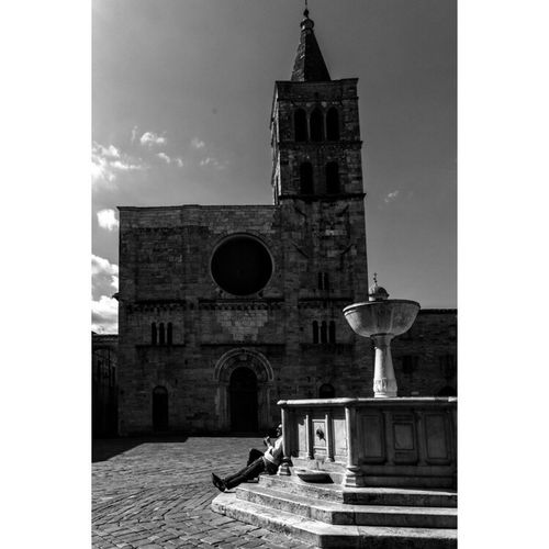 And in The 7th Day, Man rested. Ancient Town of BEVAGNA, Italy. Perugiapolaroidproject Perugia Umbria Italia Dolcevita  EyeEm Gallery Eye4black&white  Master_shots Blackandwhitephoto Bevagna Architecturelovers Architecture_bw Architectureporn Architecturephotography Master_in_bnw Igersitalia Igersbnw Huffpostgram Huffingtonpost The EyeEm Facebook Cover Challenge Thenewyorker BBCTravel Royalsnappingartists Fujifilm_xseries Fujifilm X-Pro1