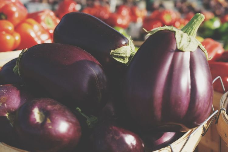 Eggplant - fresh at the local farmers market Farmers Feed Cities Food And Drink Food Healthy Eating Wellbeing Freshness Close-up Vegetable Market Still Life No People Fruit Red Eggplant Organic Container Focus On Foreground Raw Food Day