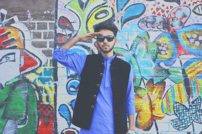 Salute Graffiti Urban Desi Hot Summer ☀ Men Posing Musician Musicvideo