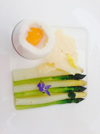 Looks like a Van Gogh Egg Asparagus Van Gogh Style Bolonie Style Bolonie Art Bolonie EyeEm Selects EyeEm Selects Elsa Michelin Star Monaco I Love It ❤ Piece Of Art Bolonie Style Food Food Stories