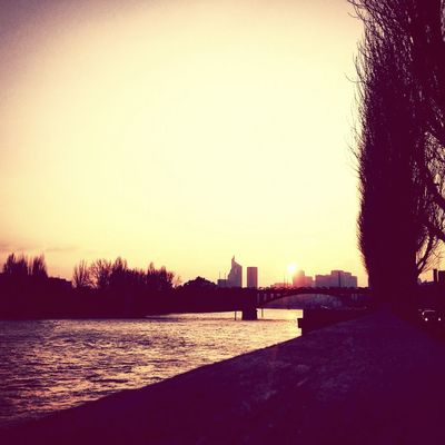Ladefense Winter Cold?❄️ Sun☀️ Paris ❤ Landscape Lovers Boy And Girl Dayoff Findejournee