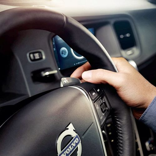 No need to take your hands of the wheel. Stay 100% in command and flick through the Gears with our Paddle Shifters . Volvocars Volvo Yearmodel 2014 VolvoCarsShowroom VolvoCarCorporation Kungsträdgården Stockholm Sweden Open every day.