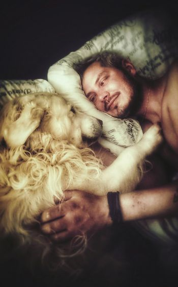 Best friends. 😀 This Is Masculinity RePicture Masculinity That's Me Relaxing EyeEmBestPics EyeEm Gallery Originalwork Original Photography Eeyem And Gety EyeEmedityGetyimagenes Love ♥ Thatsmydog Thats Me :) Selfportrait Mydog♡ Mydogiscoolerthanyourkids Friendship. ♡   Check This Out Morning Just Woke Up Shootermag Open Edit Self Portrait Around The World Capture The Moment People Rethink Things