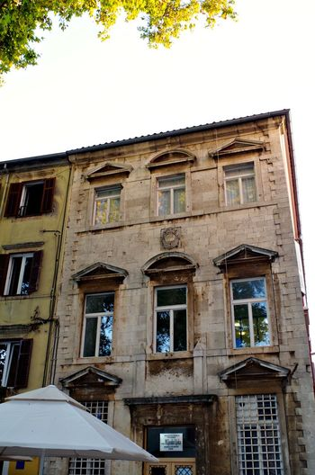 Architecture Zadar Zadar,Croatia Architecture Building Exterior Built Structure Clear Sky Day House Low Angle View No People Old Achitechture Old House Old Town House Outdoors Sky Town House Tree Window