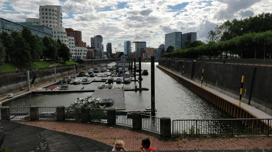 Cloud - Sky Day Cityscape Taking Photos ❤ People Together Düsseldorf Tranquility Enjoying The Sun