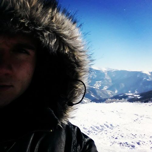 beautiful day, even better view, fantastic skiing Oldmountain Staraplanina Skiing Serbia srbija selfie winter snow january christmas sneg zima skijanje priroda nature vidikovac