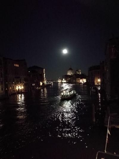 Gran Canal Lights In The Night Romantic Vaporetto Venice In The Night EyeEmNewHere Water Illuminated Moon City Sky Full Moon Moonlight HUAWEI Photo Award: After Dark
