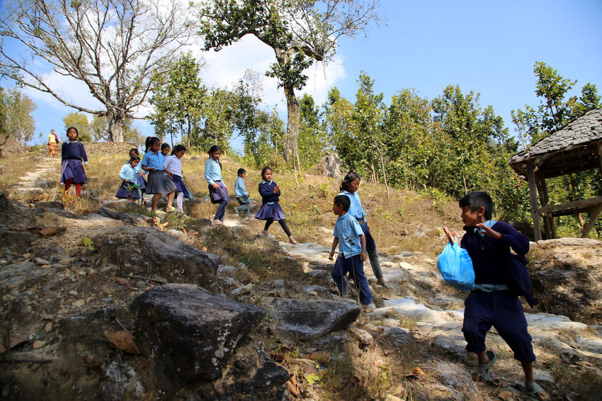 Nepalese Beauty Bandipur Nepalipeople😊 Children Chidren On The Way Home Nepalese Culture Nepalese Family Nepal Nepali  Nepal Travel Nepal #travel Nepalese