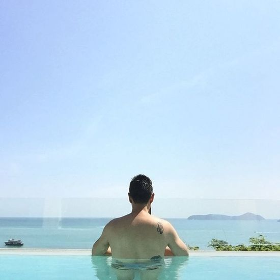 🌊🌊🌊 Bandaragroup Bandaraphuket Bandararesort Phuket Hkt Thailand Sea Beach Poolvilla Scene Ambiance Sky Pool Green Blue Tattoo Panoramic