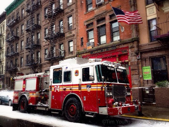Streetphotography Manhattan Fire Deparment(: Timyoungiphoneography