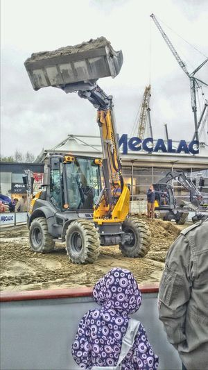 Hello World Starting A Trip Messe Messe München Baumaschinen Mecalac Bauma Radlader Wheelloader My Daughter Munich München Germany Bavaria