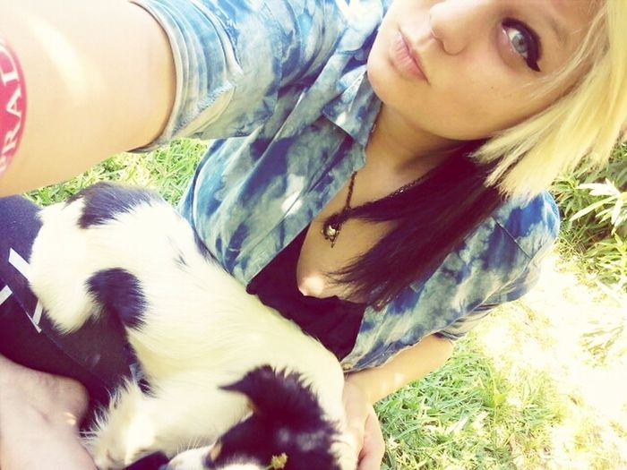 Buttons, He Got In My Picture. (;