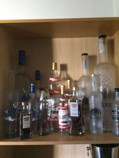Belvedere Vodka Greygoose Absolut Vodka Kauffman Stolychnaya