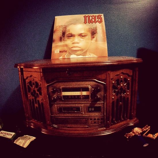Whatdefines New York to me .. NYC Photography NycStateOfMind HipHop Illmatic MTA~ Vinyl Records Record Player