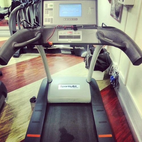 Att börja morgonen med backintervaller 08.20 på morgonen är helt klart bland det skönaste man kan göra! Cardio Intervals Workout Fitness healthy crazy