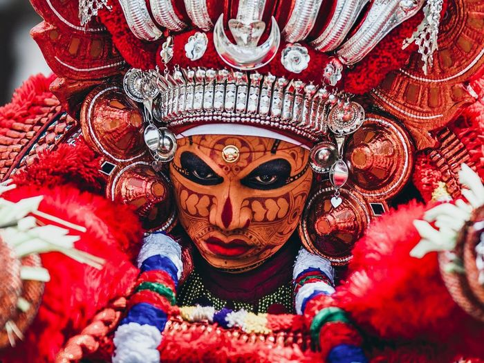 Theyyam of Kannur / Kerala - India Travel Photography ASIA Travel Indian Culture  India EyeEm Selects Indiapictures Theyyam Portrait Kerala Kerala Gods Own Country One Person Headshot Real People Portrait Art And Craft Lifestyles Close-up Disguise Representation Human Representation Front View Red Day Celebration Mask Creativity Indoors  Festival Obscured Face