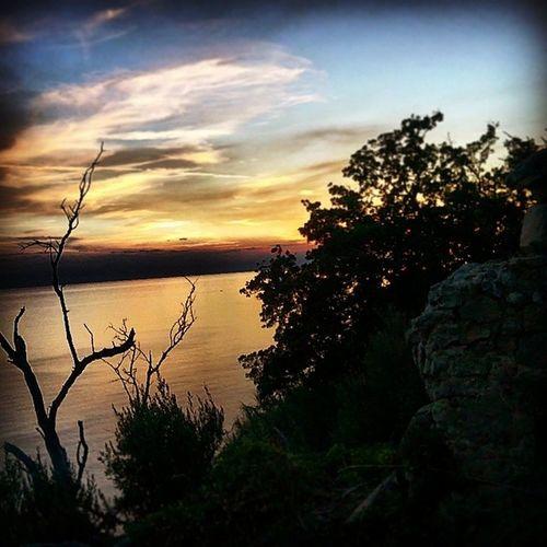 Tramonto invernale a Caprioli Pisciotta Sunrise Sky Winter Paradiso Paradise Palinuro  Cilento Pncvd