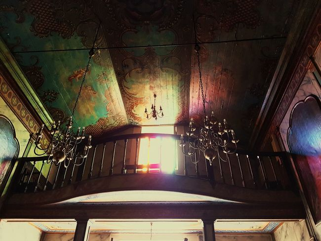 Church Architecture Bildfolge Photography Madeira Island Vacation Time Architecture_collection Chandelier Balustrade Architecture_collection Architecture Photography Indoors  Low Angle View No People Illuminated Architecture Day Close-up Indoors  Sunlight