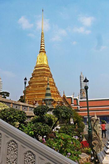 Architecture Bangkok Palace Bangkok Thailand. Day EyeEm City Shots Eyeem Cityscape Gold Gold Colored Great Palace Bangkok Low Angle View Pagoda Place Of Worship Spirituality Splendid