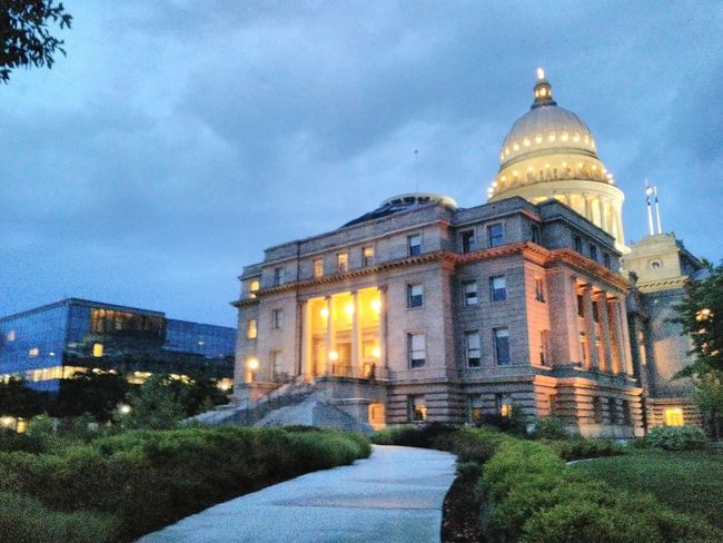 The Idaho State Capitol, the seat of the Government of the State of Idaho. Government Building Idaho Rotunda