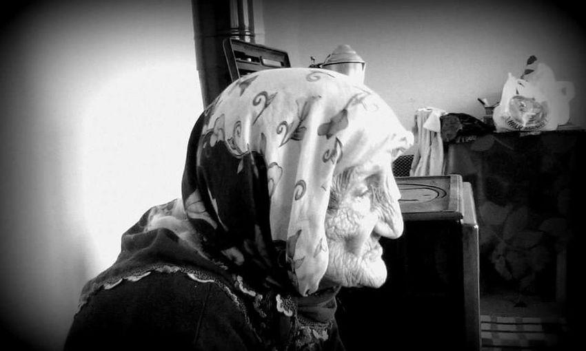Kilimli Blackandwhite 98 Years Old