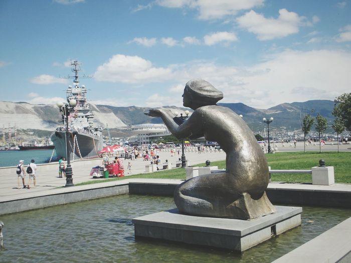 новороссийск2016 набережная Women Novorossiysk Sculpture City статуя прощание Beautiful Woman Statue плач Cry памятник крейсер кутузов Neighborhood Map